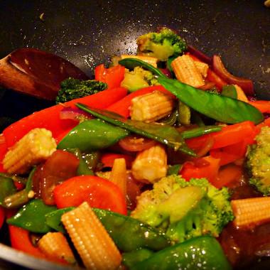 Рецепт Быстрое овощное рагу сбазиликом ичили