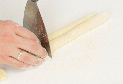 Фото приготовления рецепта: Ньокки - шаг 3