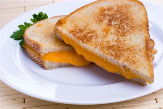 Мягкие сэндвичи с сыром
