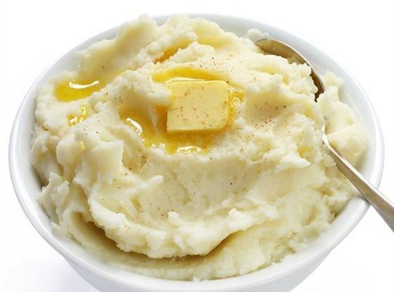 Картофельное пюре с чесноком и петрушкой