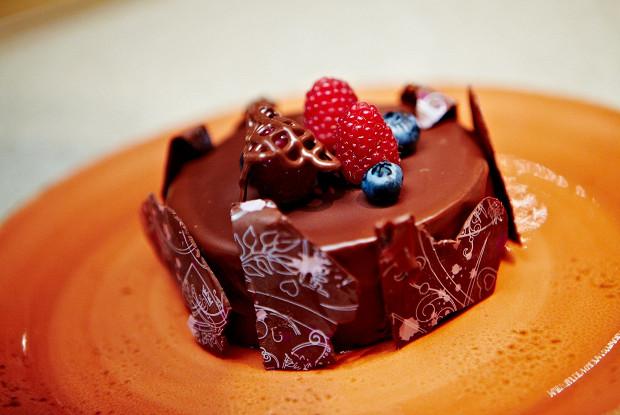 Простой чизкейк с темным шоколадом