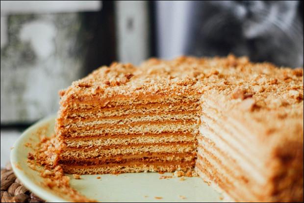 Классический торт «Медовик»