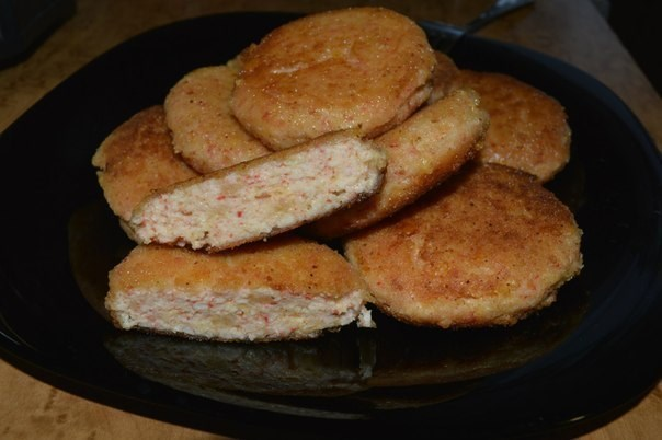 Котлеты из крабовых палочек с твердым сыром