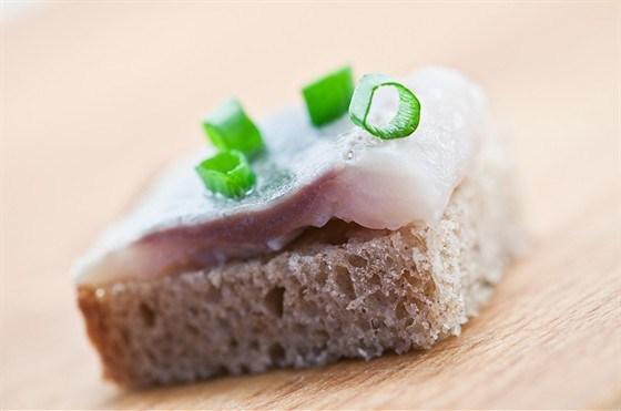 Бутерброды с сельдью по-скандинавски