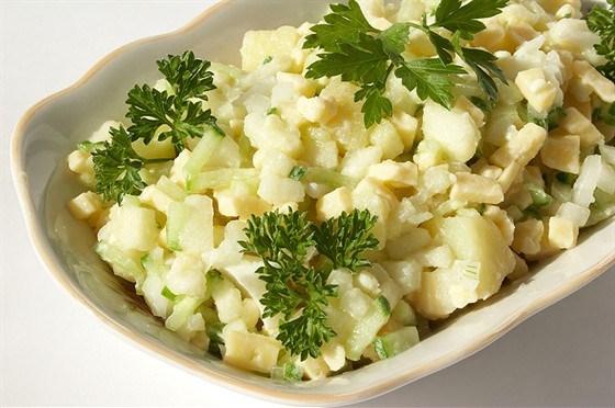 Картофельный салат с мятой