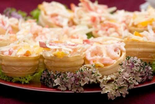 Корзиночки с овощным салатом