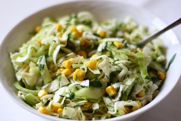 салат со сметаной и кукурузой рецепт