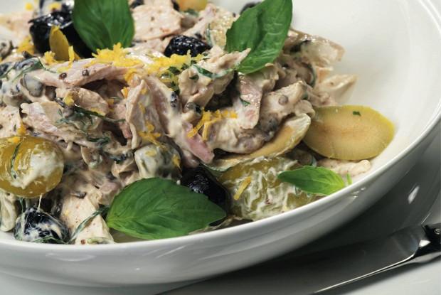 Холодная курица с оливками и лимоном