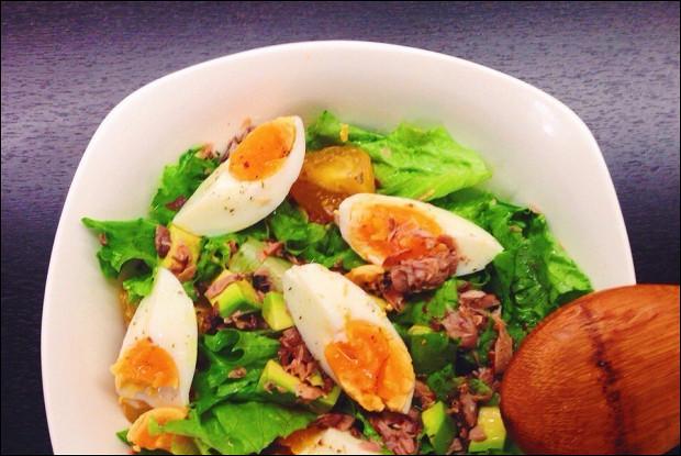 Салат из авокадо и тунца консервированного с яйцом — pic 9