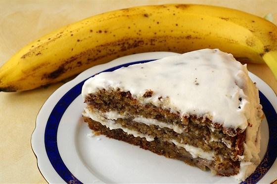 Банановый пирог в карамельной глазури