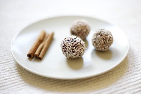 Вегетарианские шарики из сухофруктов