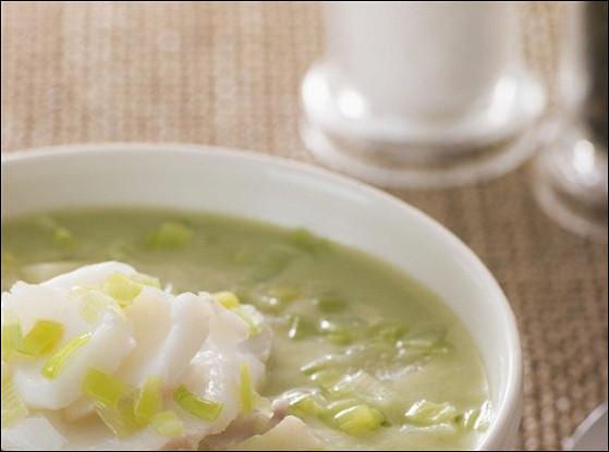 Суп-пюре из рыбы и зеленого горошка
