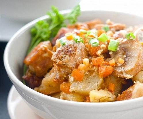 Жареный картофель с мясом по-корейски