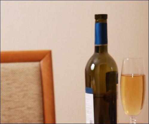 Курица с красными перцами в винном соусе