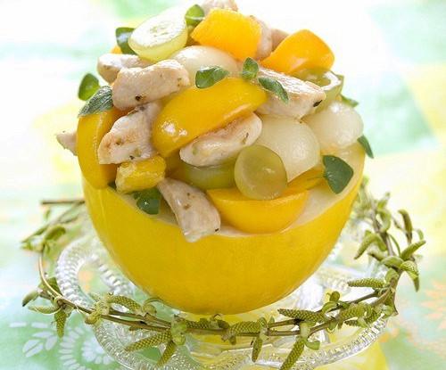 Тропический салат из курицы