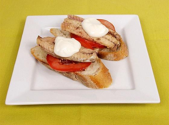 Бутерброды со скумбрией