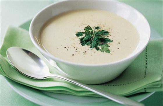 Луковый крем-суп с плавленым сыром
