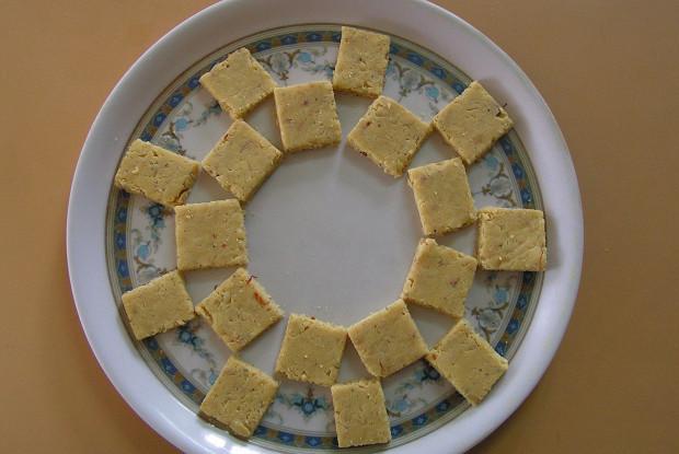 Бурфи (Индийский сливочный десерт)