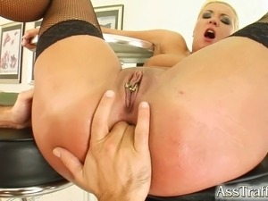 Big booty oiled bbw galleries