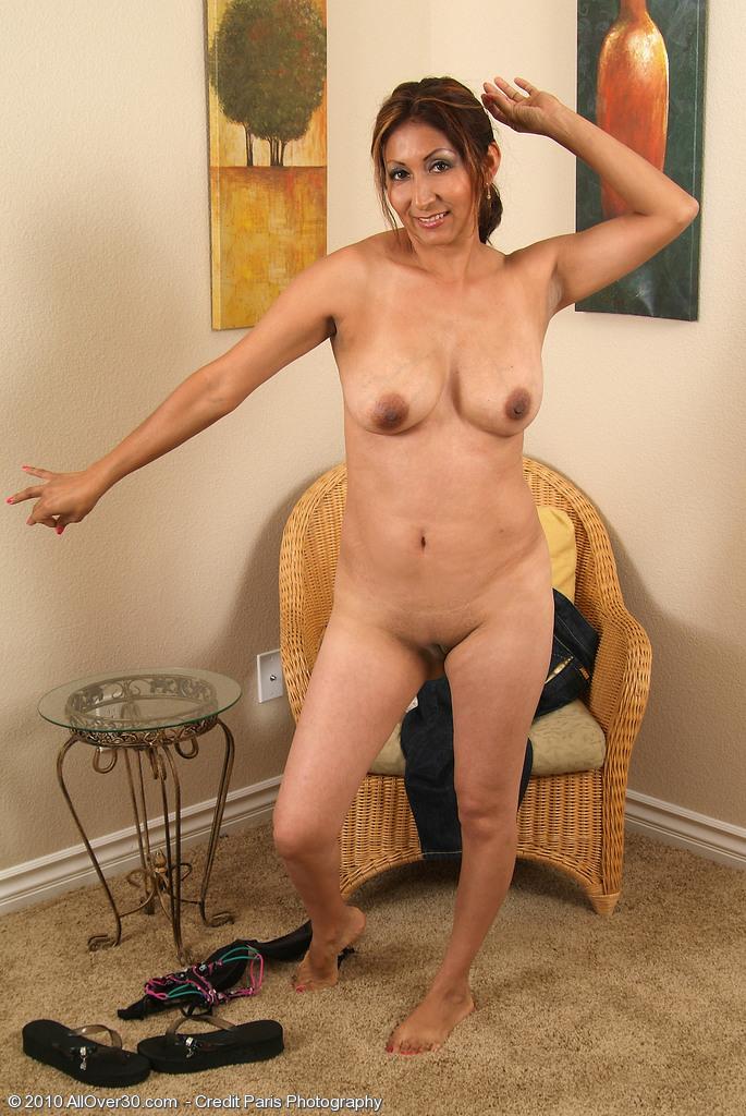 Bbw milfs stripping on webcam