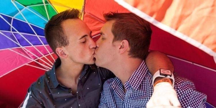 Gay dating uk facebook