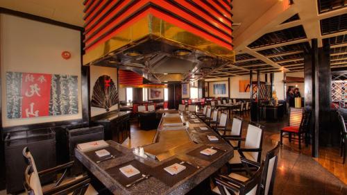 Dating restauranger i Karachi Chambersburg pa dating